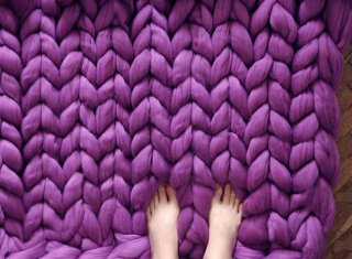 Giant yarn for arm knitting- purple